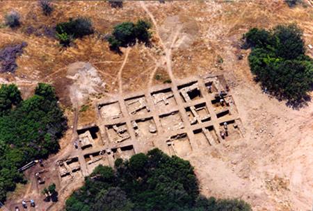 Vue aérienne de la fouille de l'acropole